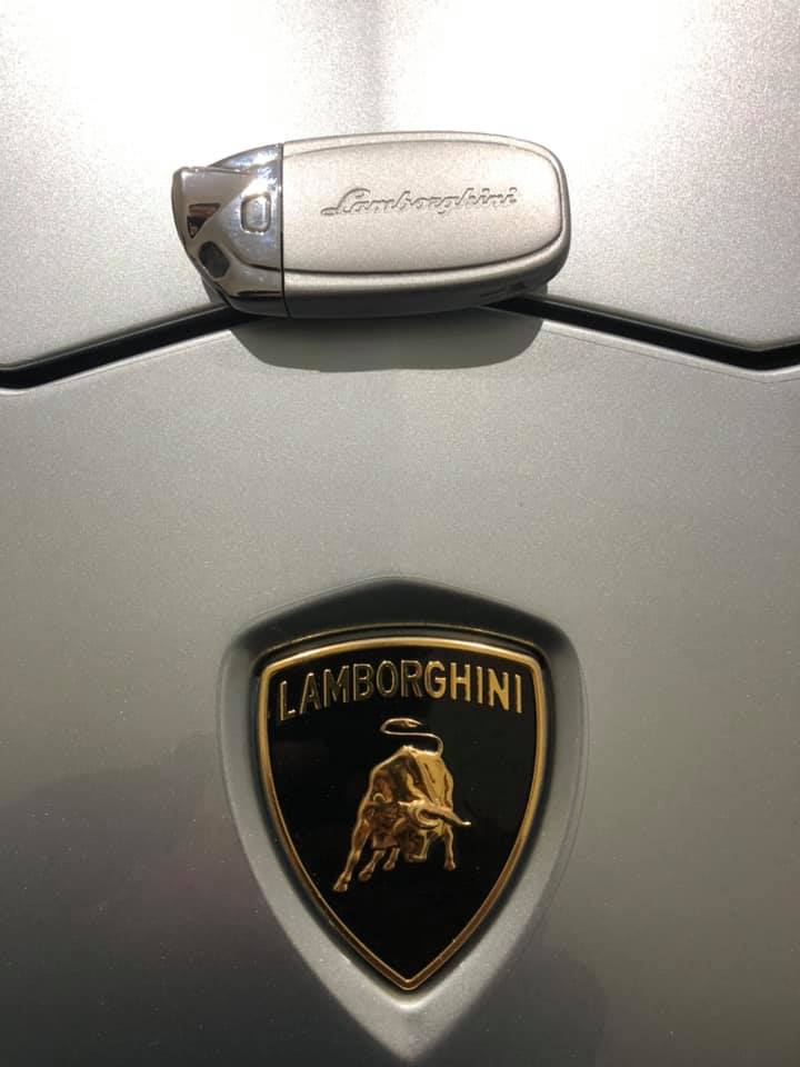 Azzuro Thetis Custom Lamborghini Key