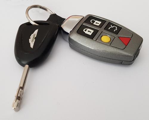 Tungsten Silver Early Volvo Style Fob